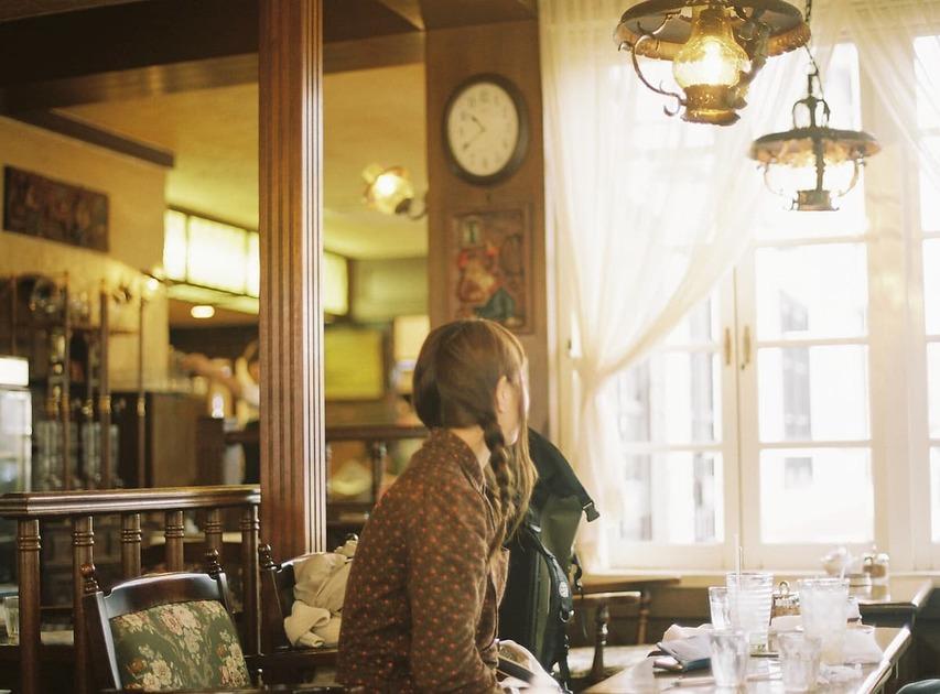 個人店とチェーン店はどう違う?人気のカフェバイトを詳しく紹介