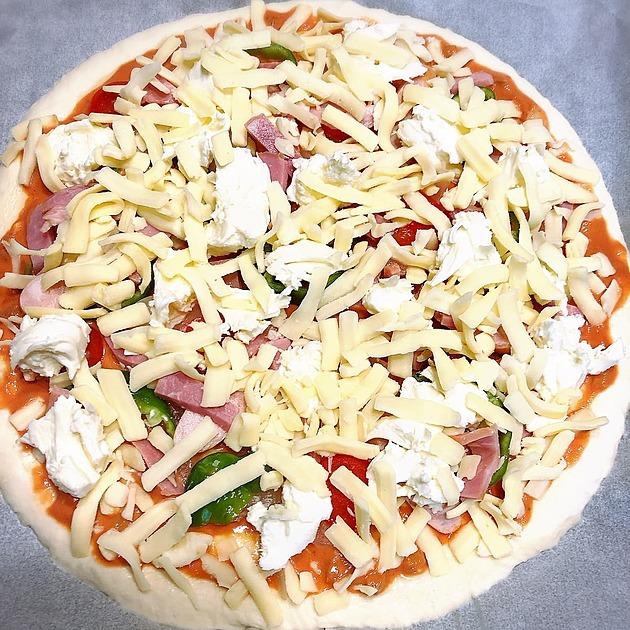 冷凍ピザの画像
