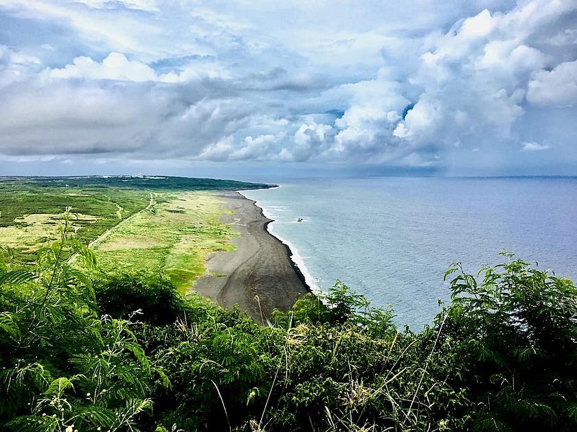 硫黄島の海岸の写真