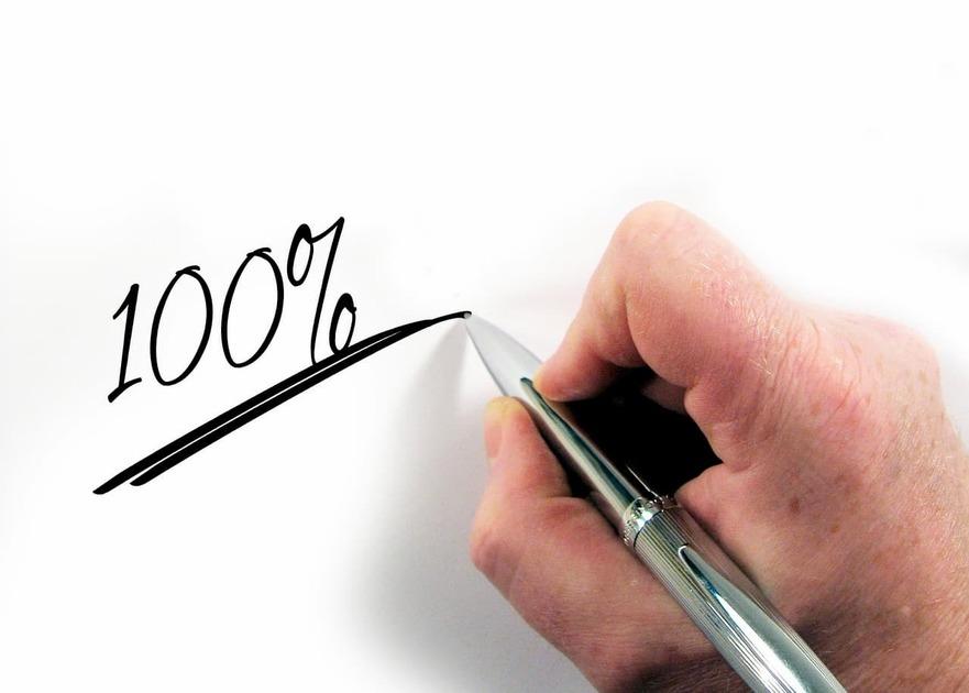 ペンで100%と書いている