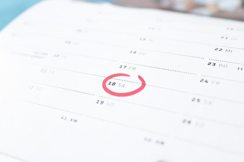 カレンダーと赤丸